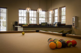 Apartment amenities at Canyon Club at Perry Crossing apartments in Plainfield IN